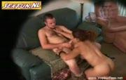 De buurvrouw heeft zin in spannende seks