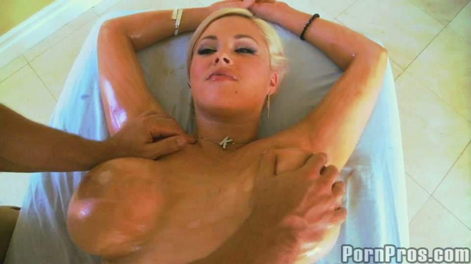 Very hot massage porno