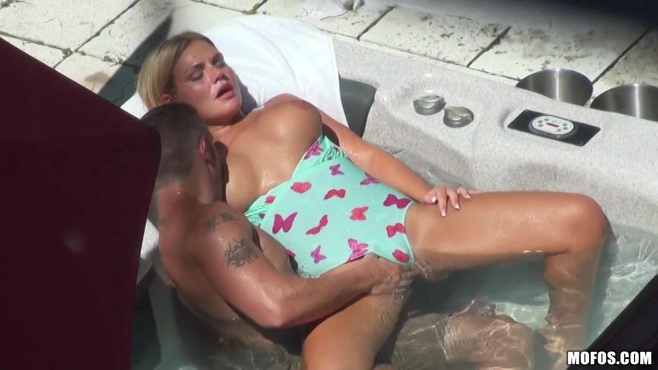 stiekem sex gefilmd aarsneuken