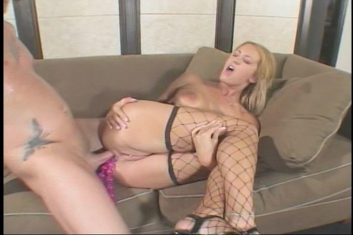 Tussen de sex Sex toys die in haar anus zitten sekst hij haar anal