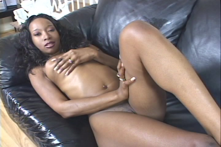 Sexy brown sugar vingert haar ebony kutje