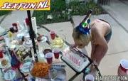 Verjaardagsfeest wordt wilde neeukparty